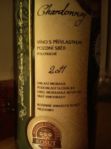 Chardonnay víno s přívlastkem pozdní sběr polosuché 2011 Rodinné vinařství Košut